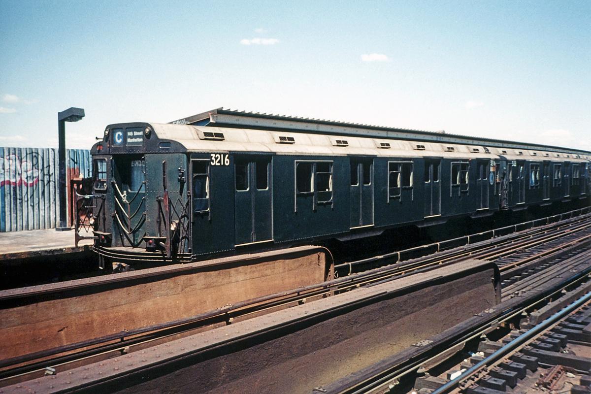 (356k, 1024x683)<br><b>Country:</b> United States<br><b>City:</b> New York<br><b>System:</b> New York City Transit<br><b>Line:</b> IND Fulton Street Line<br><b>Location:</b> Rockaway Boulevard <br><b>Route:</b> A<br><b>Car:</b> R-10 (American Car & Foundry, 1948) 3216 <br><b>Photo by:</b> William A. Padron<br><b>Collection of:</b> David Pirmann<br><b>Date:</b> 6/29/1989<br><b>Viewed (this week/total):</b> 0 / 3994