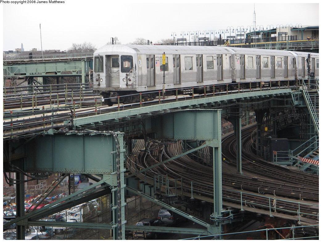 (221k, 1044x788)<br><b>Country:</b> United States<br><b>City:</b> New York<br><b>System:</b> New York City Transit<br><b>Line:</b> BMT Nassau Street/Jamaica Line<br><b>Location:</b> Broadway/East New York (Broadway Junction) <br><b>Route:</b> J<br><b>Car:</b> R-42 (St. Louis, 1969-1970)  4875 <br><b>Photo by:</b> James Matthews<br><b>Date:</b> 2/17/2006<br><b>Viewed (this week/total):</b> 0 / 3716