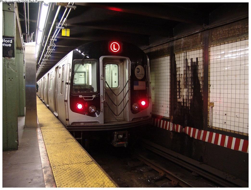 (203k, 1044x788)<br><b>Country:</b> United States<br><b>City:</b> New York<br><b>System:</b> New York City Transit<br><b>Line:</b> BMT Canarsie Line<br><b>Location:</b> Bedford Avenue <br><b>Route:</b> L<br><b>Car:</b> R-143 (Kawasaki, 2001-2002)  <br><b>Photo by:</b> Richard Panse<br><b>Date:</b> 11/18/2005<br><b>Viewed (this week/total):</b> 2 / 3996