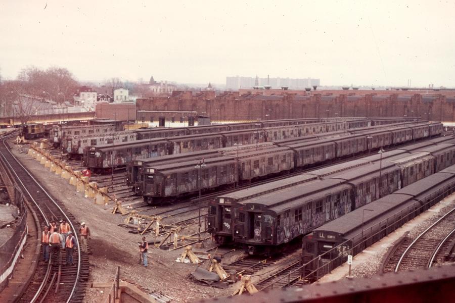 (85k, 900x600)<br><b>Country:</b> United States<br><b>City:</b> New York<br><b>System:</b> New York City Transit<br><b>Location:</b> East New York Yard/Shops<br><b>Car:</b> R-1/R-9 Series   <br><b>Photo by:</b> Harv Kahn<br><b>Date:</b> 3/31/1976<br><b>Viewed (this week/total):</b> 3 / 3976