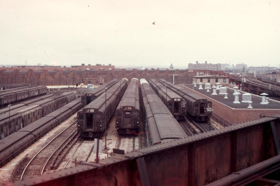 (63k, 900x600)<br><b>Country:</b> United States<br><b>City:</b> New York<br><b>System:</b> New York City Transit<br><b>Location:</b> East New York Yard/Shops<br><b>Car:</b> R-1/R-9 Series   <br><b>Photo by:</b> Harv Kahn<br><b>Date:</b> 3/31/1976<br><b>Viewed (this week/total):</b> 1 / 2896