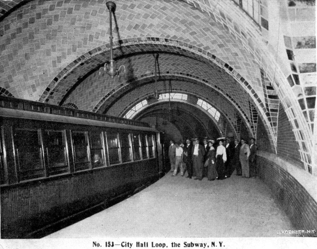 (300k, 1024x803)<br><b>Country:</b> United States<br><b>City:</b> New York<br><b>System:</b> New York City Transit<br><b>Line:</b> IRT East Side Line<br><b>Location:</b> City Hall <br><b>Collection of:</b> David Pirmann<br><b>Notes:</b> Postcard: City Hall Loop, The Subway<br><b>Viewed (this week/total):</b> 0 / 4930