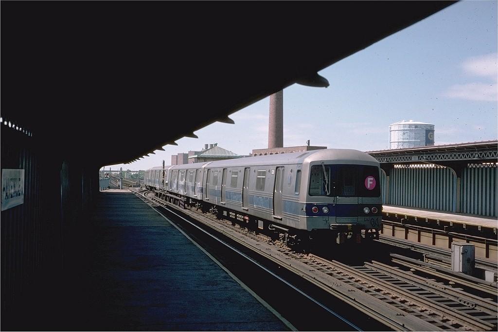 (153k, 1024x682)<br><b>Country:</b> United States<br><b>City:</b> New York<br><b>System:</b> New York City Transit<br><b>Line:</b> BMT Culver Line<br><b>Location:</b> Avenue X <br><b>Route:</b> F<br><b>Car:</b> R-46 (Pullman-Standard, 1974-75) 828 <br><b>Photo by:</b> Steve Zabel<br><b>Collection of:</b> Joe Testagrose<br><b>Date:</b> 6/3/1977<br><b>Viewed (this week/total):</b> 0 / 3278
