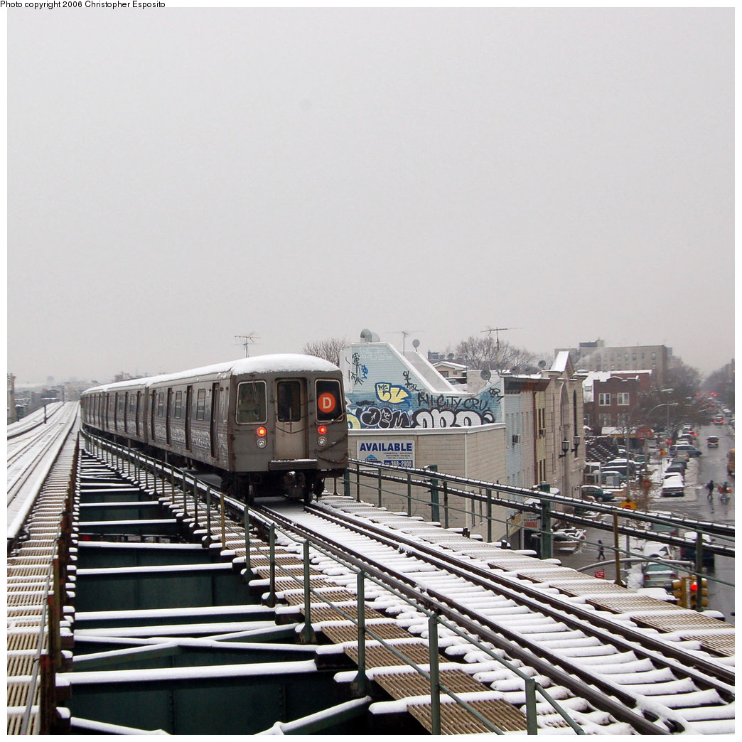 (243k, 1044x1044)<br><b>Country:</b> United States<br><b>City:</b> New York<br><b>System:</b> New York City Transit<br><b>Line:</b> BMT West End Line<br><b>Location:</b> 62nd Street <br><b>Route:</b> D<br><b>Car:</b> R-68/R-68A Series (Number Unknown)  <br><b>Photo by:</b> Christopher Esposito<br><b>Date:</b> 12/4/2005<br><b>Viewed (this week/total):</b> 0 / 3198