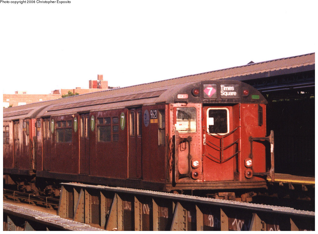 (165k, 1044x769)<br><b>Country:</b> United States<br><b>City:</b> New York<br><b>System:</b> New York City Transit<br><b>Line:</b> IRT Flushing Line<br><b>Location:</b> 61st Street/Woodside <br><b>Route:</b> 7<br><b>Car:</b> R-36 World's Fair (St. Louis, 1963-64) 9621 <br><b>Photo by:</b> Christopher Esposito<br><b>Date:</b> 8/17/2003<br><b>Viewed (this week/total):</b> 0 / 2208