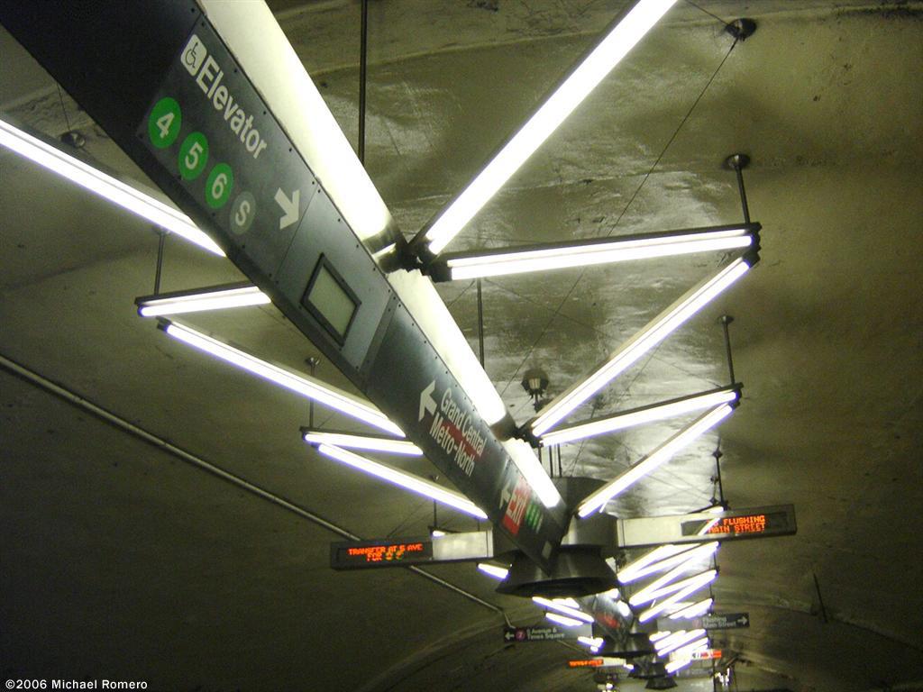 (142k, 1024x768)<br><b>Country:</b> United States<br><b>City:</b> New York<br><b>System:</b> New York City Transit<br><b>Line:</b> IRT Flushing Line<br><b>Location:</b> Grand Central <br><b>Photo by:</b> Michael Romero<br><b>Date:</b> 1/7/2006<br><b>Artwork:</b> <i>V-Beam</i>, Christopher Sproat (2000).<br><b>Viewed (this week/total):</b> 5 / 3963