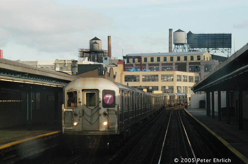 (150k, 864x574)<br><b>Country:</b> United States<br><b>City:</b> New York<br><b>System:</b> New York City Transit<br><b>Line:</b> IRT Flushing Line<br><b>Location:</b> Court House Square/45th Road <br><b>Route:</b> 7<br><b>Car:</b> R-62A (Bombardier, 1984-1987)  1725 <br><b>Photo by:</b> Peter Ehrlich<br><b>Date:</b> 12/30/2005<br><b>Viewed (this week/total):</b> 2 / 1996