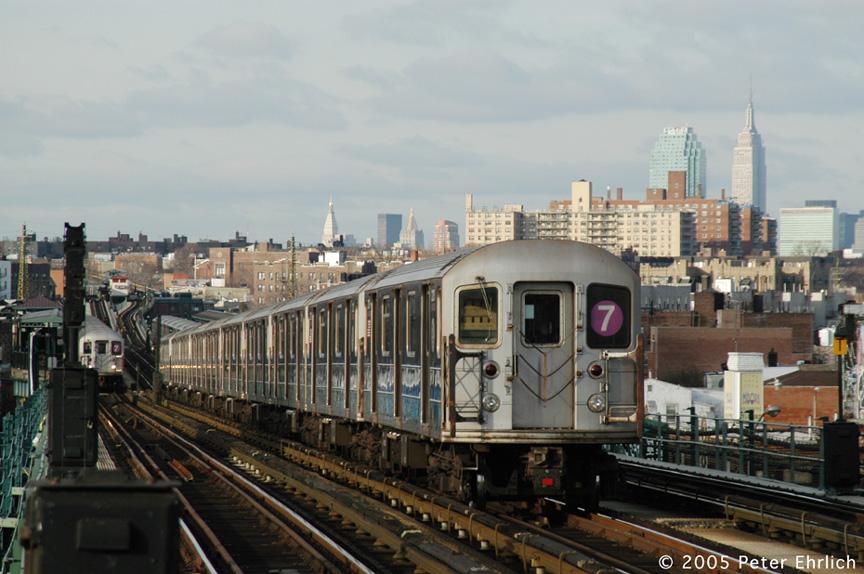 (197k, 864x574)<br><b>Country:</b> United States<br><b>City:</b> New York<br><b>System:</b> New York City Transit<br><b>Line:</b> IRT Flushing Line<br><b>Location:</b> 74th Street/Broadway <br><b>Route:</b> 7<br><b>Car:</b> R-62A (Bombardier, 1984-1987)  2113 <br><b>Photo by:</b> Peter Ehrlich<br><b>Date:</b> 12/30/2005<br><b>Viewed (this week/total):</b> 0 / 2479