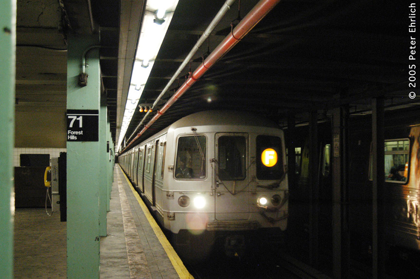 (174k, 864x574)<br><b>Country:</b> United States<br><b>City:</b> New York<br><b>System:</b> New York City Transit<br><b>Line:</b> IND Queens Boulevard Line<br><b>Location:</b> 71st/Continental Aves./Forest Hills <br><b>Route:</b> F<br><b>Car:</b> R-46 (Pullman-Standard, 1974-75) 6088 <br><b>Photo by:</b> Peter Ehrlich<br><b>Date:</b> 12/30/2005<br><b>Viewed (this week/total):</b> 1 / 3810