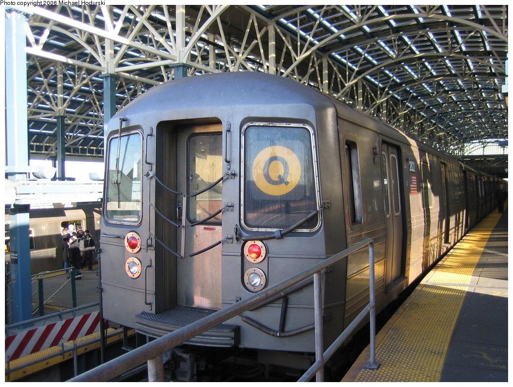 (237k, 1044x788)<br><b>Country:</b> United States<br><b>City:</b> New York<br><b>System:</b> New York City Transit<br><b>Location:</b> Coney Island/Stillwell Avenue<br><b>Route:</b> Q<br><b>Car:</b> R-68 (Westinghouse-Amrail, 1986-1988)  2822 <br><b>Photo by:</b> Michael Hodurski<br><b>Date:</b> 3/8/2006<br><b>Viewed (this week/total):</b> 0 / 3117