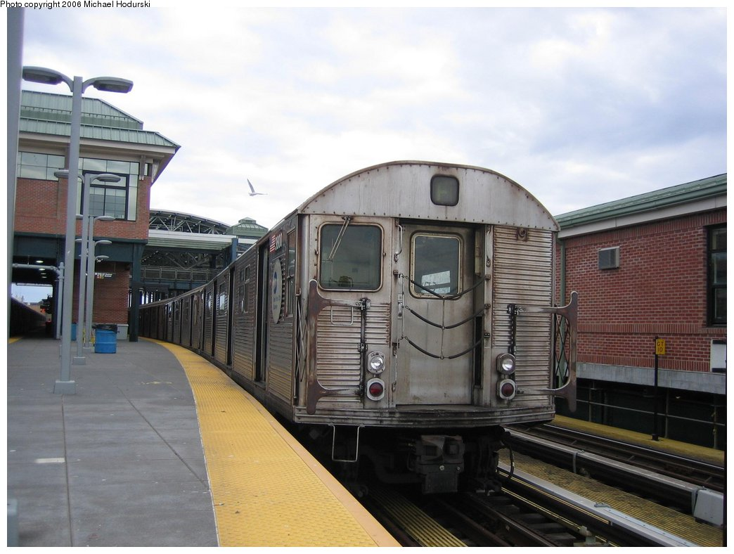 (152k, 1044x788)<br><b>Country:</b> United States<br><b>City:</b> New York<br><b>System:</b> New York City Transit<br><b>Location:</b> Coney Island/Stillwell Avenue<br><b>Route:</b> F<br><b>Car:</b> R-32 (Budd, 1964)  3800 <br><b>Photo by:</b> Michael Hodurski<br><b>Date:</b> 3/24/2006<br><b>Viewed (this week/total):</b> 1 / 2604