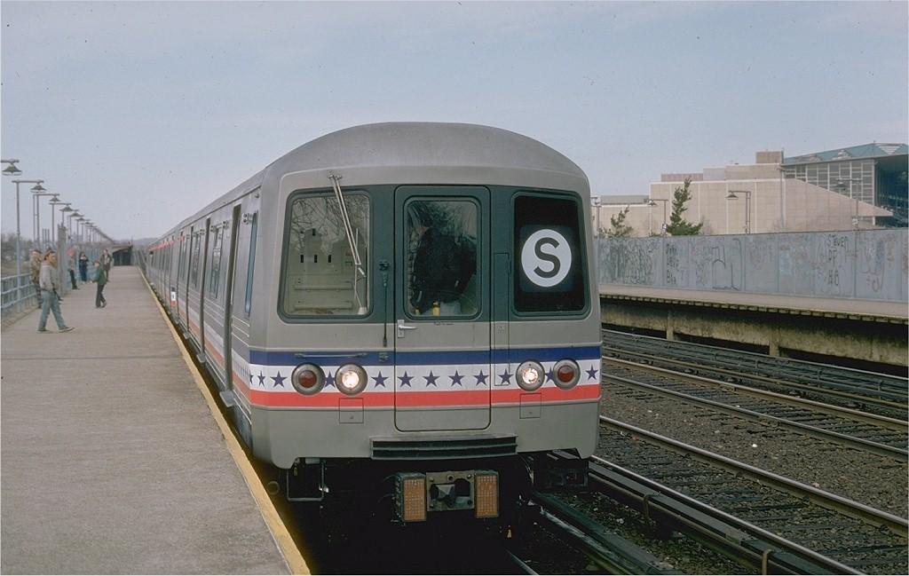 (163k, 1024x649)<br><b>Country:</b> United States<br><b>City:</b> New York<br><b>System:</b> New York City Transit<br><b>Line:</b> IND Rockaway<br><b>Location:</b> Aqueduct/North Conduit Avenue <br><b>Route:</b> Fan Trip<br><b>Car:</b> R-46 (Pullman-Standard, 1974-75) 680 <br><b>Photo by:</b> Ed McKernan<br><b>Collection of:</b> Joe Testagrose<br><b>Date:</b> 2/26/1977<br><b>Viewed (this week/total):</b> 0 / 3167