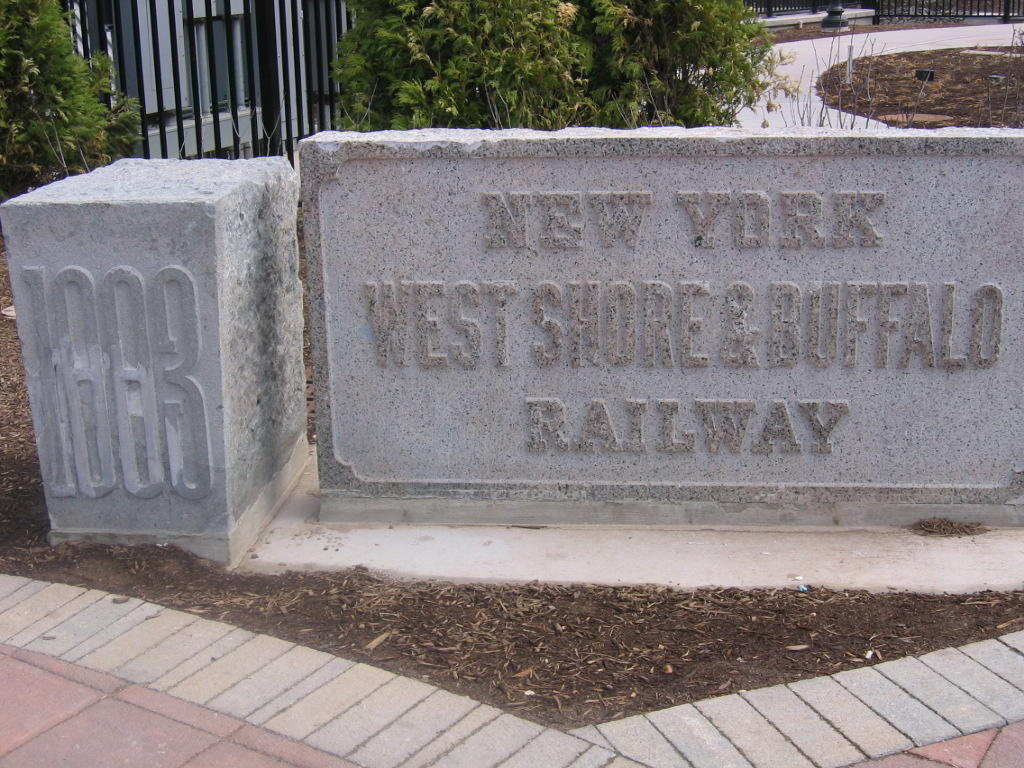 (164k, 1024x768)<br><b>Country:</b> United States<br><b>City:</b> North Bergen, NJ<br><b>System:</b> Hudson Bergen Light Rail<br><b>Location:</b> Tonnelle Avenue <br><b>Photo by:</b> Jeremy Whiteman<br><b>Date:</b> 4/4/2006<br><b>Viewed (this week/total):</b> 0 / 2280