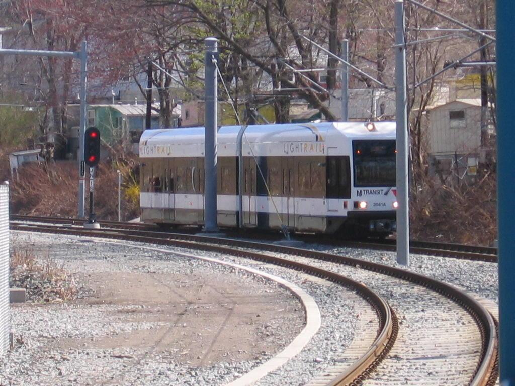 (160k, 1024x768)<br><b>Country:</b> United States<br><b>City:</b> North Bergen, NJ<br><b>System:</b> Hudson Bergen Light Rail<br><b>Location:</b> Tonnelle Avenue <br><b>Car:</b> NJT-HBLR LRV (Kinki-Sharyo, 1998-99)  2041 <br><b>Photo by:</b> Jeremy Whiteman<br><b>Date:</b> 4/4/2006<br><b>Viewed (this week/total):</b> 0 / 2183