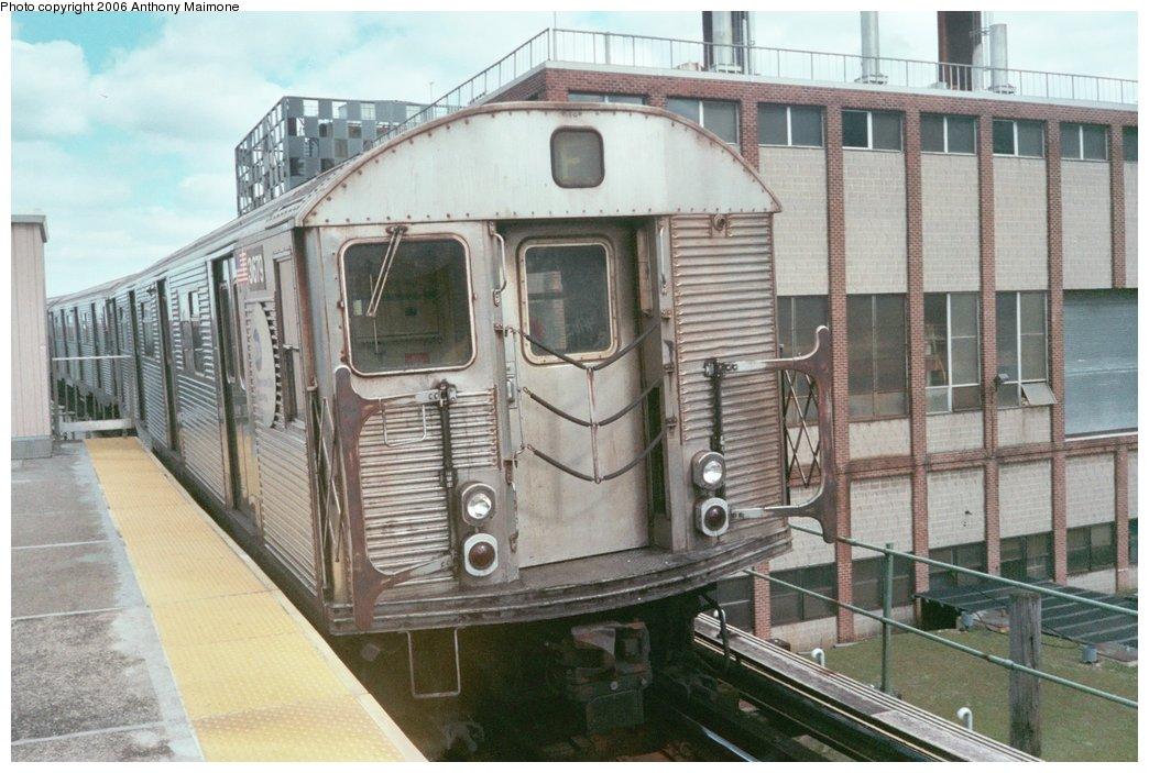 (179k, 1044x703)<br><b>Country:</b> United States<br><b>City:</b> New York<br><b>System:</b> New York City Transit<br><b>Line:</b> BMT Culver Line<br><b>Location:</b> Neptune Avenue <br><b>Route:</b> F<br><b>Car:</b> R-32 (Budd, 1964)  3679 <br><b>Photo by:</b> Anthony Maimone<br><b>Date:</b> 3/14/2006<br><b>Viewed (this week/total):</b> 4 / 2836