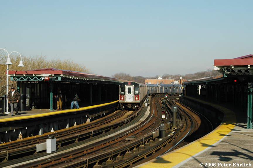 (183k, 864x574)<br><b>Country:</b> United States<br><b>City:</b> New York<br><b>System:</b> New York City Transit<br><b>Line:</b> IRT White Plains Road Line<br><b>Location:</b> West Farms Sq./East Tremont Ave./177th St. <br><b>Car:</b> R-142 (Primary Order, Bombardier, 1999-2002)  6315 <br><b>Photo by:</b> Peter Ehrlich<br><b>Date:</b> 1/24/2006<br><b>Viewed (this week/total):</b> 0 / 2962
