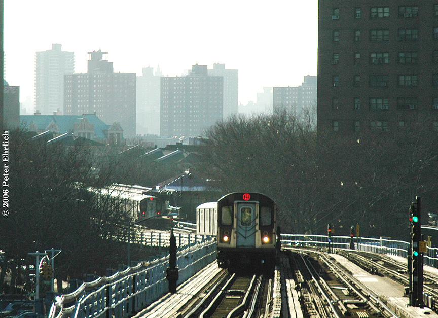 (287k, 864x627)<br><b>Country:</b> United States<br><b>City:</b> New York<br><b>System:</b> New York City Transit<br><b>Line:</b> IRT White Plains Road Line<br><b>Location:</b> Prospect Avenue <br><b>Car:</b> R-142 (Primary Order, Bombardier, 1999-2002)  6475 <br><b>Photo by:</b> Peter Ehrlich<br><b>Date:</b> 1/24/2006<br><b>Viewed (this week/total):</b> 0 / 5240