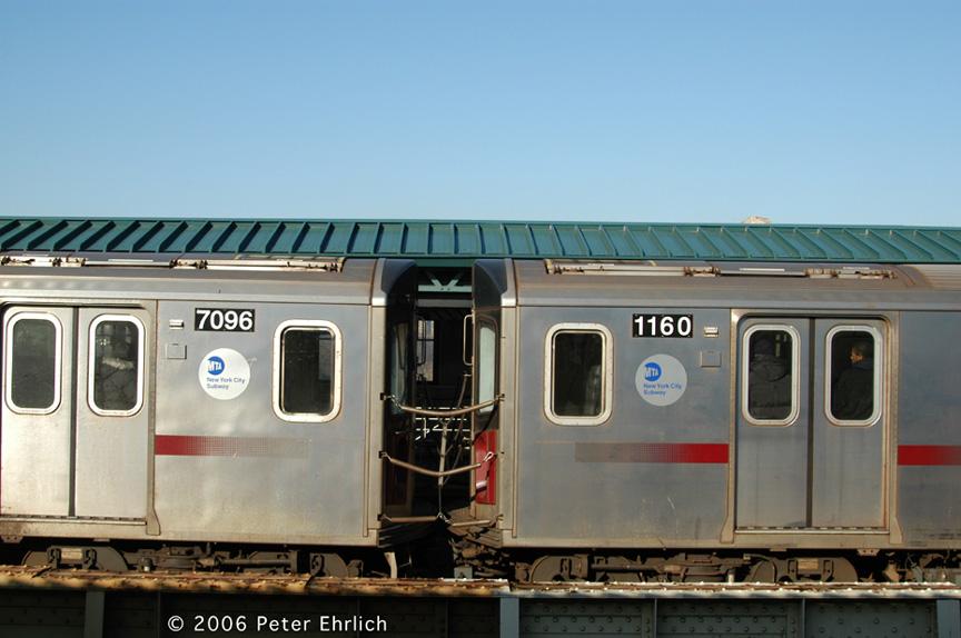 (157k, 864x574)<br><b>Country:</b> United States<br><b>City:</b> New York<br><b>System:</b> New York City Transit<br><b>Line:</b> IRT Woodlawn Line<br><b>Location:</b> 161st Street/River Avenue (Yankee Stadium) <br><b>Car:</b> R-142 (Option Order, Bombardier, 2002-2003)  7096/1160 <br><b>Photo by:</b> Peter Ehrlich<br><b>Date:</b> 1/24/2006<br><b>Viewed (this week/total):</b> 0 / 4404