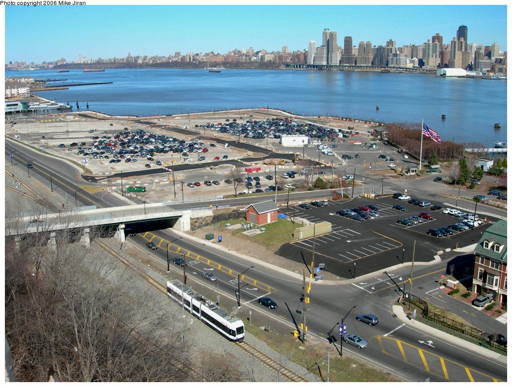 (305k, 1044x788)<br><b>Country:</b> United States<br><b>City:</b> Weehawken, NJ<br><b>System:</b> Hudson Bergen Light Rail<br><b>Location:</b> Port Imperial <br><b>Car:</b> NJT-HBLR LRV (Kinki-Sharyo, 1998-99)  2047 <br><b>Photo by:</b> Mike Jiran<br><b>Date:</b> 4/2/2006<br><b>Viewed (this week/total):</b> 0 / 3035
