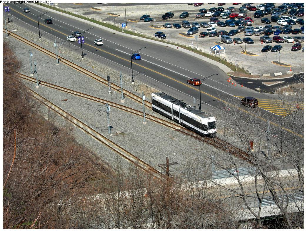 (362k, 1044x788)<br><b>Country:</b> United States<br><b>City:</b> Weehawken, NJ<br><b>System:</b> Hudson Bergen Light Rail<br><b>Location:</b> Port Imperial <br><b>Photo by:</b> Mike Jiran<br><b>Date:</b> 4/2/2006<br><b>Viewed (this week/total):</b> 1 / 1781