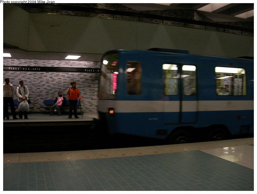 (123k, 820x620)<br><b>Country:</b> Canada<br><b>City:</b> Montréal, Québec<br><b>System:</b> STM-Metro<br><b>Line:</b> STM Green Line <br><b>Location:</b> Place-des-Arts <br><b>Photo by:</b> Mike Jiran<br><b>Date:</b> 3/12/2006<br><b>Notes:</b> MR-63 stock at Place-des-Arts<br><b>Viewed (this week/total):</b> 0 / 2312