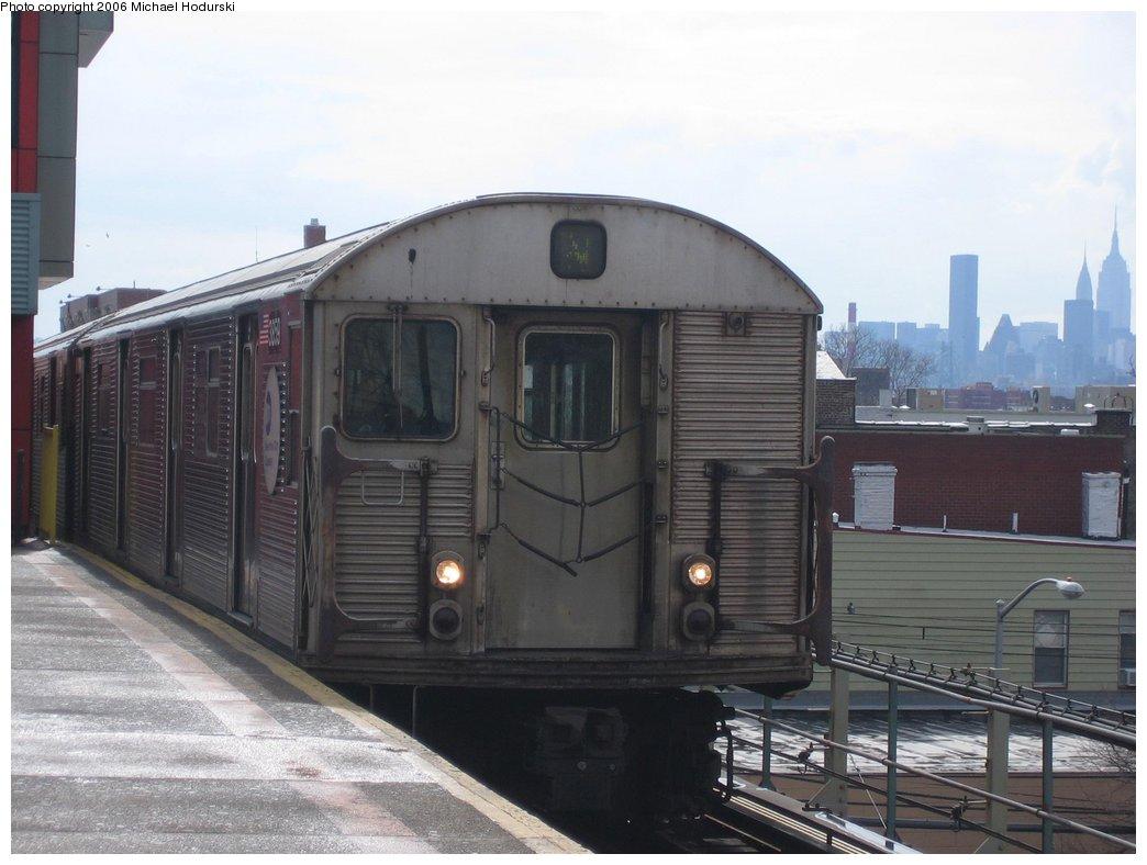 (137k, 1044x788)<br><b>Country:</b> United States<br><b>City:</b> New York<br><b>System:</b> New York City Transit<br><b>Line:</b> BMT Astoria Line<br><b>Location:</b> Ditmars Boulevard <br><b>Route:</b> N<br><b>Car:</b> R-32 (Budd, 1964)  3859 <br><b>Photo by:</b> Michael Hodurski<br><b>Date:</b> 3/26/2006<br><b>Viewed (this week/total):</b> 1 / 3496