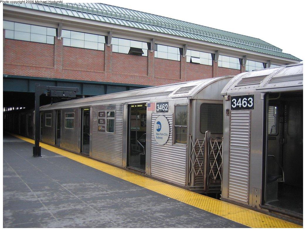 (185k, 1044x788)<br><b>Country:</b> United States<br><b>City:</b> New York<br><b>System:</b> New York City Transit<br><b>Location:</b> Coney Island/Stillwell Avenue<br><b>Route:</b> N<br><b>Car:</b> R-32 (Budd, 1964)  3462 <br><b>Photo by:</b> Michael Hodurski<br><b>Date:</b> 4/14/2006<br><b>Viewed (this week/total):</b> 1 / 2582
