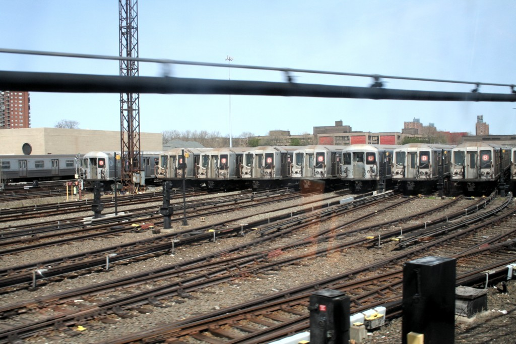 (210k, 1024x682)<br><b>Country:</b> United States<br><b>City:</b> New York<br><b>System:</b> New York City Transit<br><b>Location:</b> Coney Island Yard<br><b>Car:</b> R-40 (St. Louis, 1968)   <br><b>Photo by:</b> Todd Glickman<br><b>Date:</b> 4/16/2006<br><b>Viewed (this week/total):</b> 0 / 3925