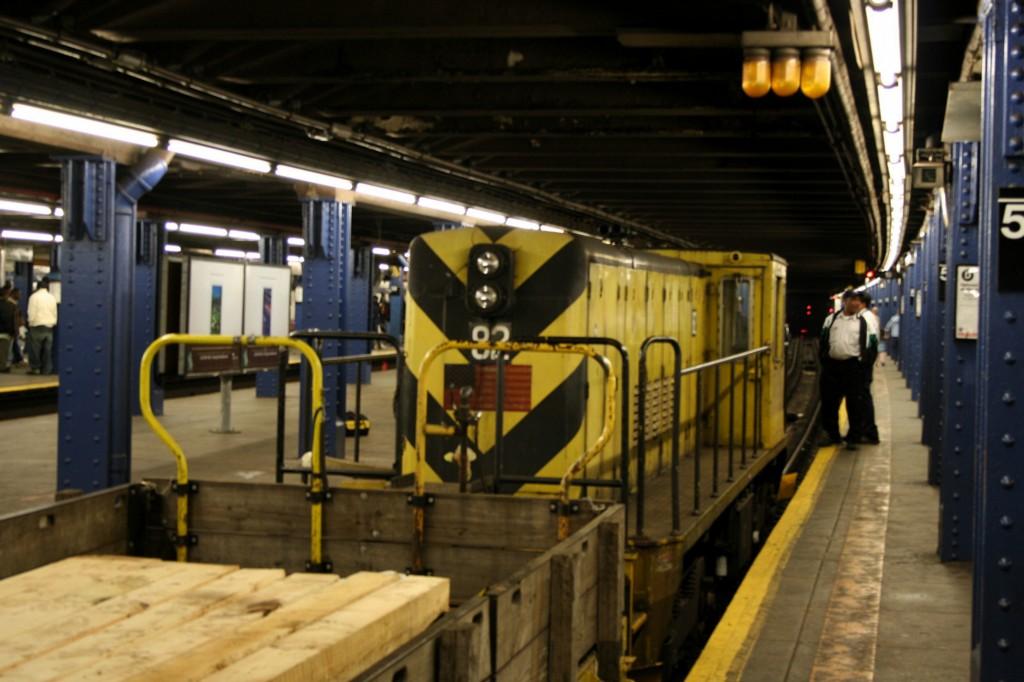 (169k, 1024x682)<br><b>Country:</b> United States<br><b>City:</b> New York<br><b>System:</b> New York City Transit<br><b>Line:</b> IND 8th Avenue Line<br><b>Location:</b> 59th Street/Columbus Circle <br><b>Route:</b> Work Service<br><b>Car:</b> R-52 Locomotive  82 <br><b>Photo by:</b> Todd Glickman<br><b>Date:</b> 4/16/2006<br><b>Viewed (this week/total):</b> 5 / 2502