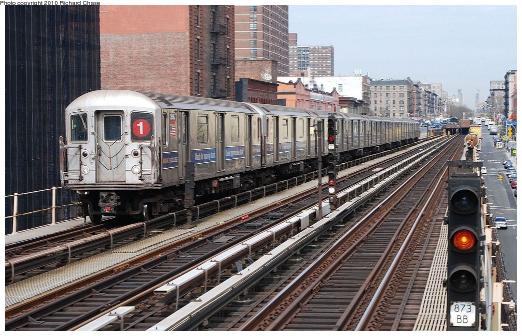 (261k, 1044x673)<br><b>Country:</b> United States<br><b>City:</b> New York<br><b>System:</b> New York City Transit<br><b>Line:</b> IRT West Side Line<br><b>Location:</b> 125th Street <br><b>Route:</b> 1<br><b>Car:</b> R-62A (Bombardier, 1984-1987)   <br><b>Photo by:</b> Richard Chase<br><b>Date:</b> 3/25/2010<br><b>Viewed (this week/total):</b> 1 / 1181