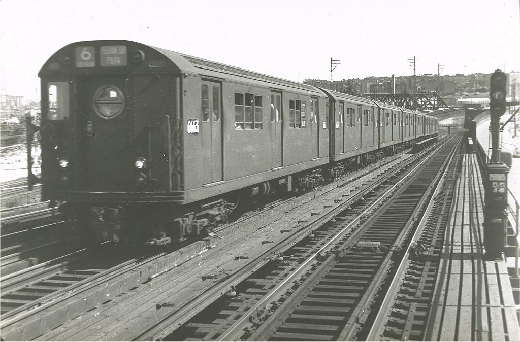 (207k, 1024x674)<br><b>Country:</b> United States<br><b>City:</b> New York<br><b>System:</b> New York City Transit<br><b>Line:</b> IRT Pelham Line<br><b>Location:</b> Whitlock Avenue <br><b>Route:</b> 6<br><b>Car:</b> R-17 (St. Louis, 1955-56) 6663 <br><b>Photo by:</b> Harry Pinsker<br><b>Date:</b> 6/6/1960<br><b>Viewed (this week/total):</b> 0 / 3541