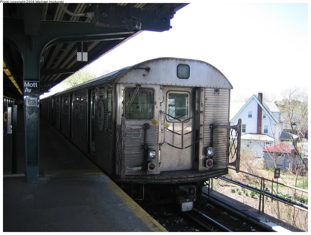 (161k, 1044x788)<br><b>Country:</b> United States<br><b>City:</b> New York<br><b>System:</b> New York City Transit<br><b>Line:</b> IND Rockaway<br><b>Location:</b> Mott Avenue/Far Rockaway <br><b>Route:</b> A<br><b>Car:</b> R-32 (Budd, 1964)  3395 <br><b>Photo by:</b> Michael Hodurski<br><b>Date:</b> 4/20/2006<br><b>Viewed (this week/total):</b> 1 / 2559