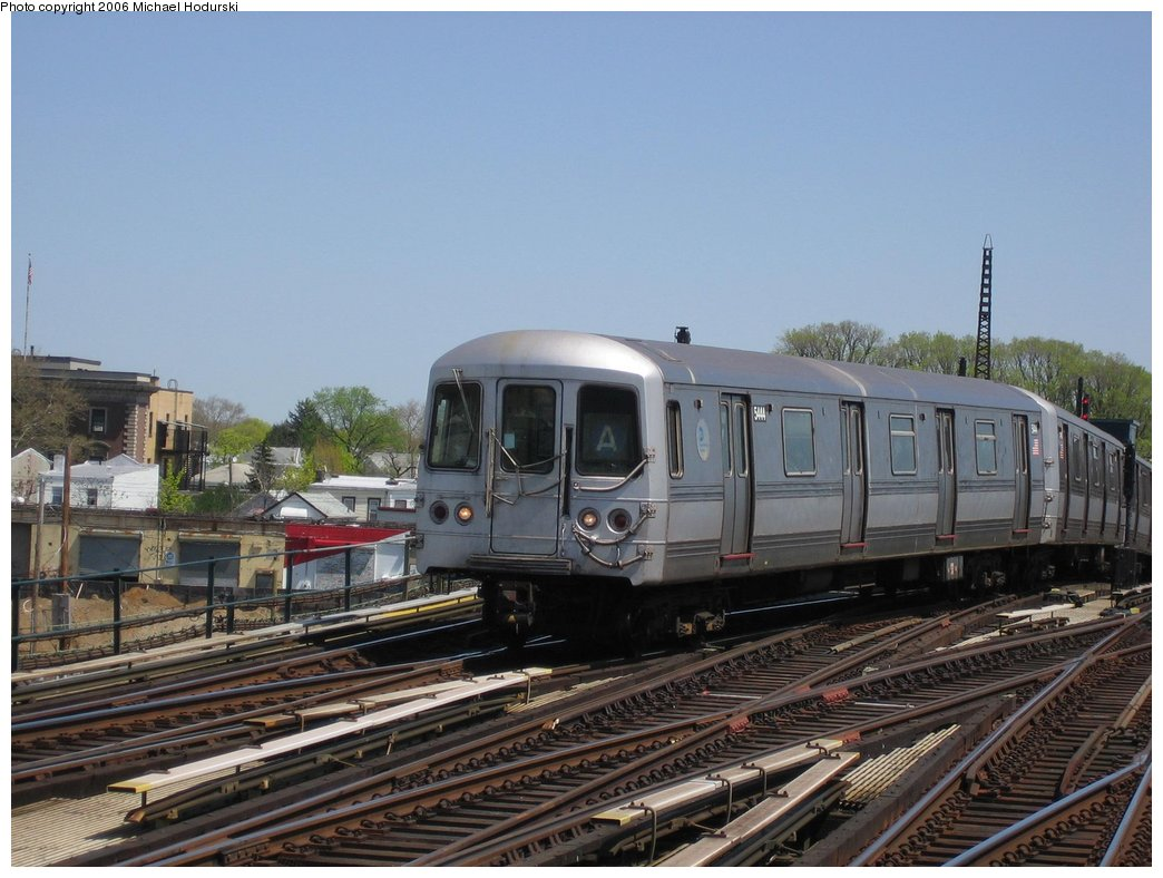 (160k, 1044x788)<br><b>Country:</b> United States<br><b>City:</b> New York<br><b>System:</b> New York City Transit<br><b>Line:</b> IND Fulton Street Line<br><b>Location:</b> Rockaway Boulevard <br><b>Route:</b> A<br><b>Car:</b> R-44 (St. Louis, 1971-73) 5444 <br><b>Photo by:</b> Michael Hodurski<br><b>Date:</b> 4/20/2006<br><b>Viewed (this week/total):</b> 0 / 3092