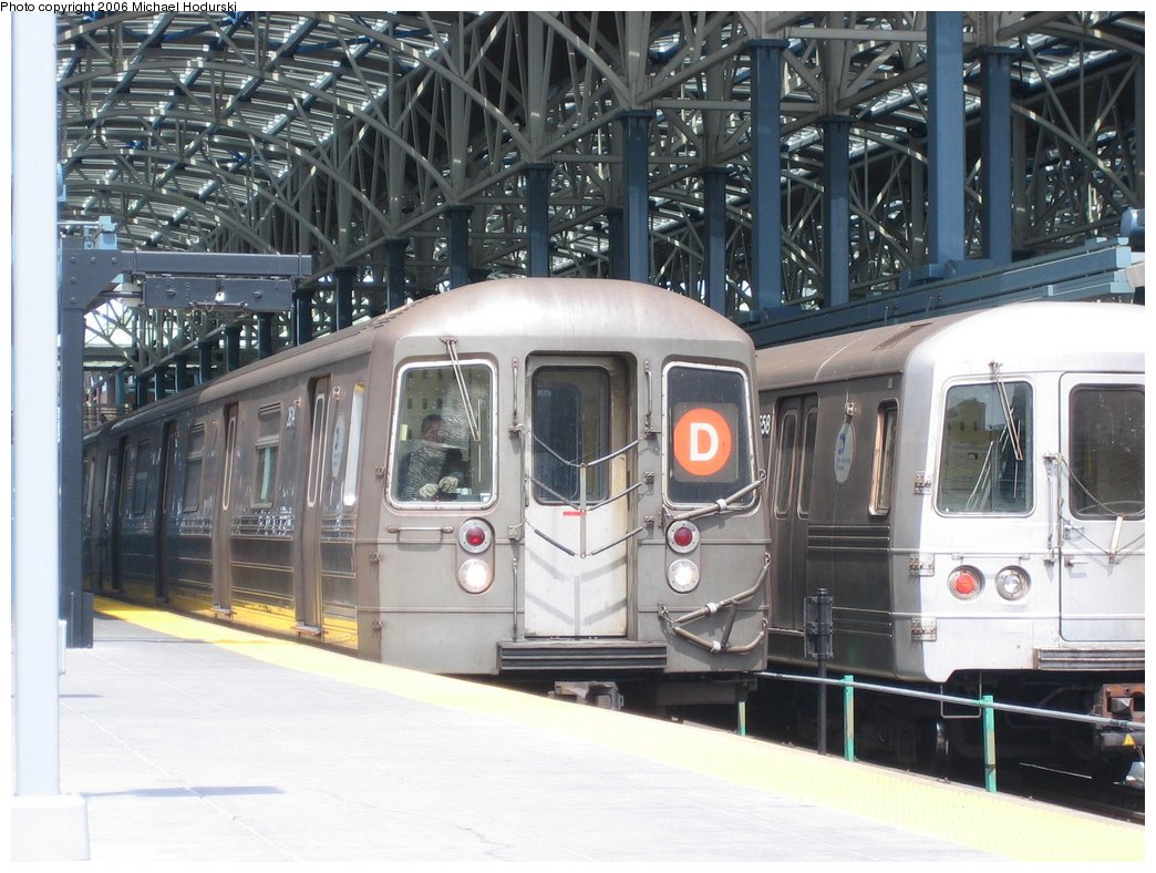 (184k, 1044x788)<br><b>Country:</b> United States<br><b>City:</b> New York<br><b>System:</b> New York City Transit<br><b>Location:</b> Coney Island/Stillwell Avenue<br><b>Route:</b> D<br><b>Car:</b> R-68 (Westinghouse-Amrail, 1986-1988)  2614 <br><b>Photo by:</b> Michael Hodurski<br><b>Date:</b> 4/21/2006<br><b>Viewed (this week/total):</b> 7 / 3001