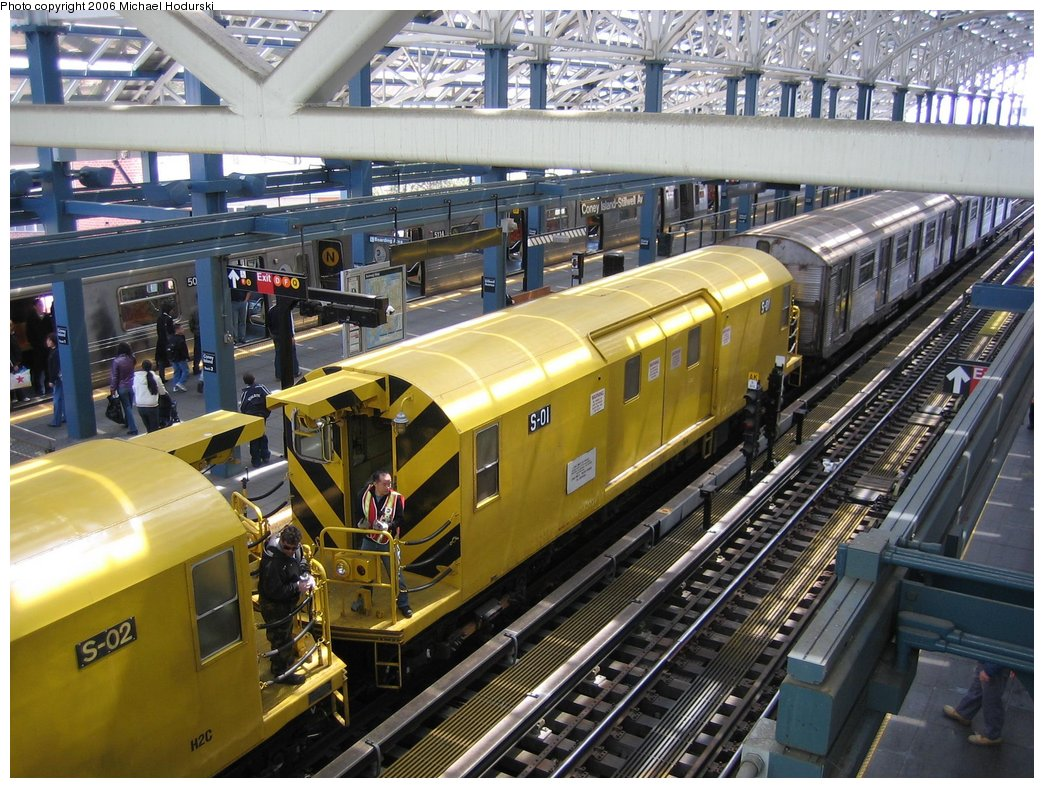(222k, 1044x788)<br><b>Country:</b> United States<br><b>City:</b> New York<br><b>System:</b> New York City Transit<br><b>Location:</b> Coney Island/Stillwell Avenue<br><b>Route:</b> Work Service<br><b>Car:</b> R-74 Signal Supply (Fuji Heavy Industries, 1984)  01 <br><b>Photo by:</b> Michael Hodurski<br><b>Date:</b> 4/21/2006<br><b>Viewed (this week/total):</b> 9 / 4469