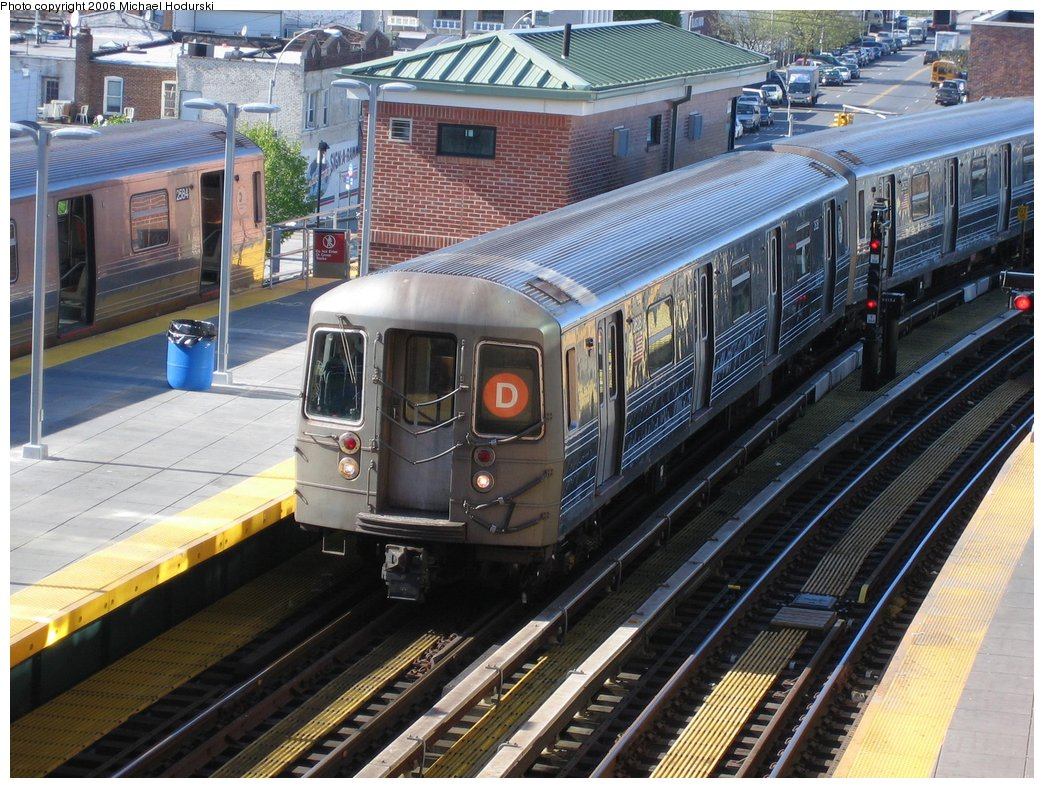 (224k, 1044x788)<br><b>Country:</b> United States<br><b>City:</b> New York<br><b>System:</b> New York City Transit<br><b>Location:</b> Coney Island/Stillwell Avenue<br><b>Route:</b> D<br><b>Car:</b> R-68 (Westinghouse-Amrail, 1986-1988)  2628 <br><b>Photo by:</b> Michael Hodurski<br><b>Date:</b> 4/28/2006<br><b>Viewed (this week/total):</b> 2 / 3263