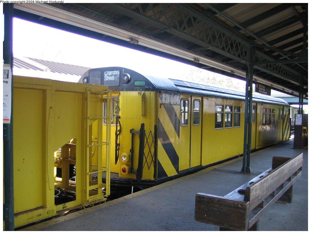 (158k, 1044x788)<br><b>Country:</b> United States<br><b>City:</b> New York<br><b>System:</b> New York City Transit<br><b>Line:</b> BMT Brighton Line<br><b>Location:</b> Kings Highway <br><b>Route:</b> Work Service<br><b>Car:</b> R-161 Rider Car (ex-R-33)  RD406 (ex-8868)<br><b>Photo by:</b> Michael Hodurski<br><b>Date:</b> 5/6/2006<br><b>Viewed (this week/total):</b> 0 / 2958