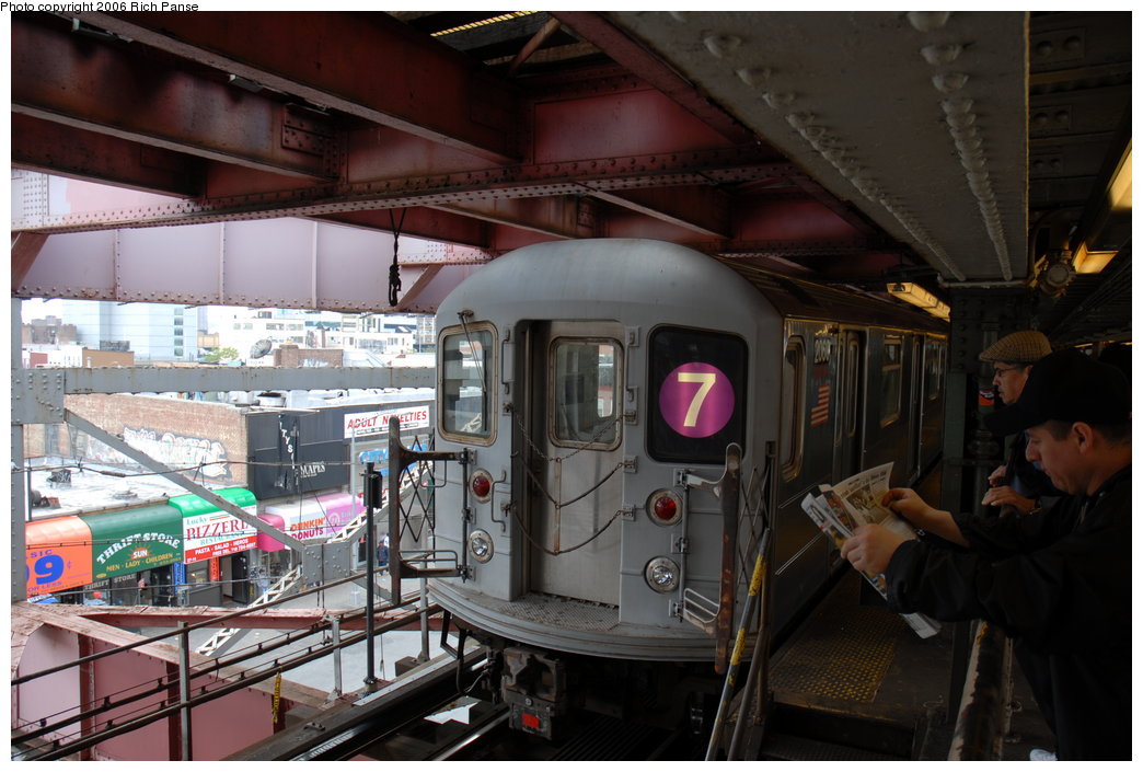 (191k, 1044x705)<br><b>Country:</b> United States<br><b>City:</b> New York<br><b>System:</b> New York City Transit<br><b>Line:</b> IRT Flushing Line<br><b>Location:</b> Queensborough Plaza <br><b>Route:</b> 7<br><b>Car:</b> R-62A (Bombardier, 1984-1987)  2060 <br><b>Photo by:</b> Richard Panse<br><b>Date:</b> 5/20/2006<br><b>Viewed (this week/total):</b> 0 / 2959