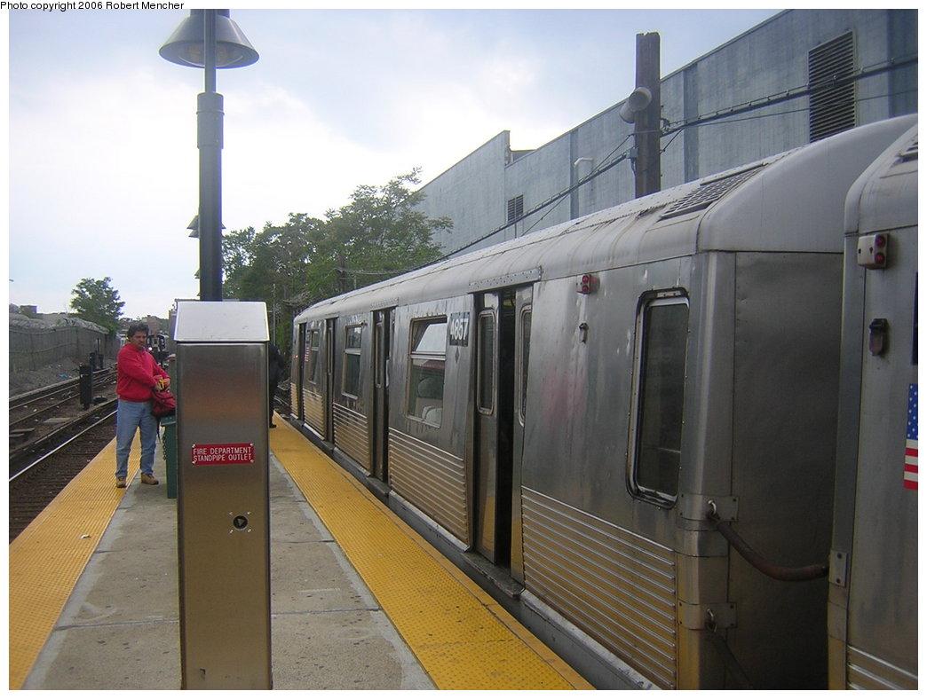 (183k, 1044x788)<br><b>Country:</b> United States<br><b>City:</b> New York<br><b>System:</b> New York City Transit<br><b>Line:</b> BMT Canarsie Line<br><b>Location:</b> East 105th Street <br><b>Route:</b> L<br><b>Car:</b> R-42 (St. Louis, 1969-1970)  4857 <br><b>Photo by:</b> Robert Mencher<br><b>Date:</b> 5/17/2006<br><b>Viewed (this week/total):</b> 0 / 3379