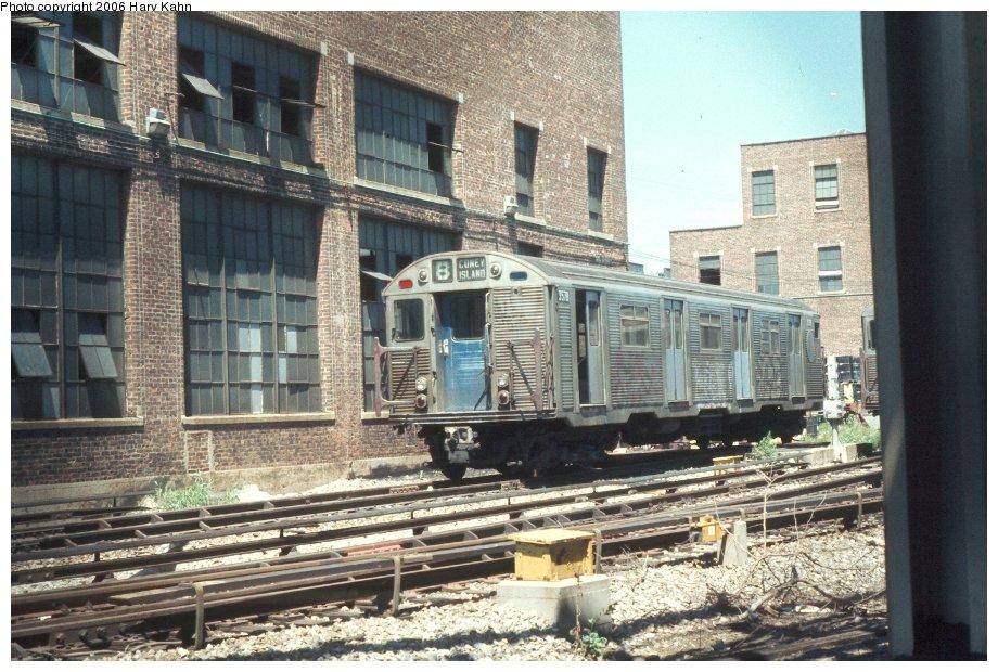 (157k, 920x620)<br><b>Country:</b> United States<br><b>City:</b> New York<br><b>System:</b> New York City Transit<br><b>Location:</b> Coney Island Yard<br><b>Car:</b> R-32 (Budd, 1964)  3578 <br><b>Photo by:</b> Harv Kahn<br><b>Date:</b> 7/26/1976<br><b>Viewed (this week/total):</b> 1 / 3923