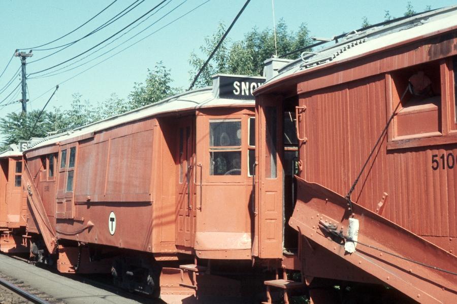 (93k, 900x600)<br><b>Country:</b> United States<br><b>City:</b> Boston, MA<br><b>System:</b> MBTA<br><b>Line:</b> MBTA Green (D)<br><b>Location:</b> Reservoir <br><b>Car:</b> MBTA 5138 <br><b>Photo by:</b> Harv Kahn<br><b>Date:</b> 7/10/1976<br><b>Viewed (this week/total):</b> 1 / 668