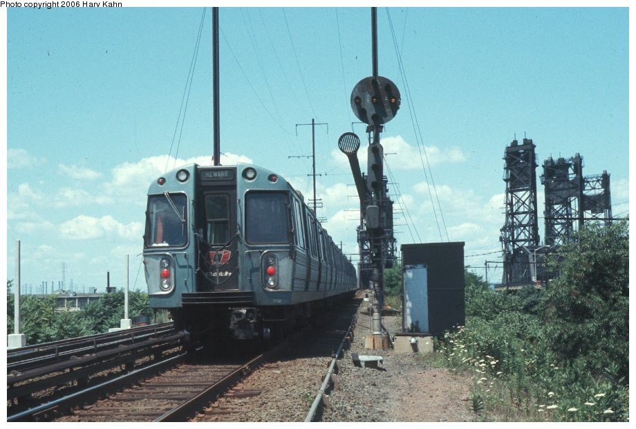 (124k, 920x620)<br><b>Country:</b> United States<br><b>City:</b> Kearny, NJ<br><b>System:</b> PATH<br><b>Location:</b> Kearny-Hack Bridge <br><b>Photo by:</b> Harv Kahn<br><b>Date:</b> 7/18/1976<br><b>Viewed (this week/total):</b> 0 / 3450