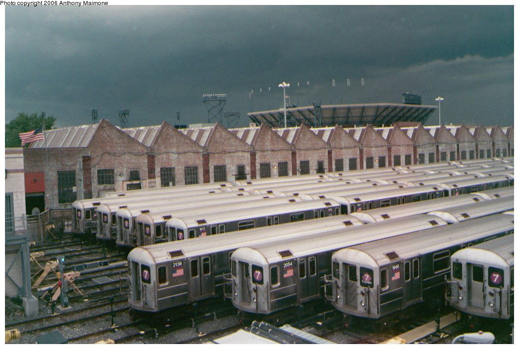 (168k, 1044x703)<br><b>Country:</b> United States<br><b>City:</b> New York<br><b>System:</b> New York City Transit<br><b>Location:</b> Corona Yard<br><b>Car:</b> R-62A (Bombardier, 1984-1987)   <br><b>Photo by:</b> Anthony Maimone<br><b>Date:</b> 5/19/2006<br><b>Viewed (this week/total):</b> 0 / 3153