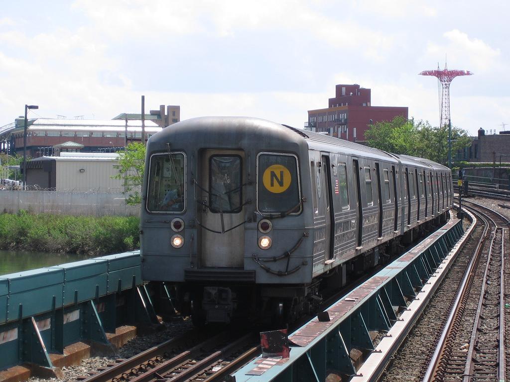 (135k, 1024x768)<br><b>Country:</b> United States<br><b>City:</b> New York<br><b>System:</b> New York City Transit<br><b>Location:</b> Coney Island Creek Bridge<br><b>Route:</b> N<br><b>Car:</b> R-68A (Kawasaki, 1988-1989)  5004 <br><b>Photo by:</b> Michael Hodurski<br><b>Date:</b> 5/20/2006<br><b>Viewed (this week/total):</b> 1 / 1874
