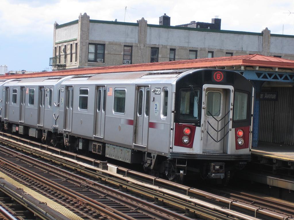 (145k, 1024x768)<br><b>Country:</b> United States<br><b>City:</b> New York<br><b>System:</b> New York City Transit<br><b>Line:</b> IRT Pelham Line<br><b>Location:</b> Elder Avenue <br><b>Route:</b> 6<br><b>Car:</b> R-142A (Primary Order, Kawasaki, 1999-2002)  7320 <br><b>Photo by:</b> Michael Hodurski<br><b>Date:</b> 5/21/2006<br><b>Viewed (this week/total):</b> 0 / 2933