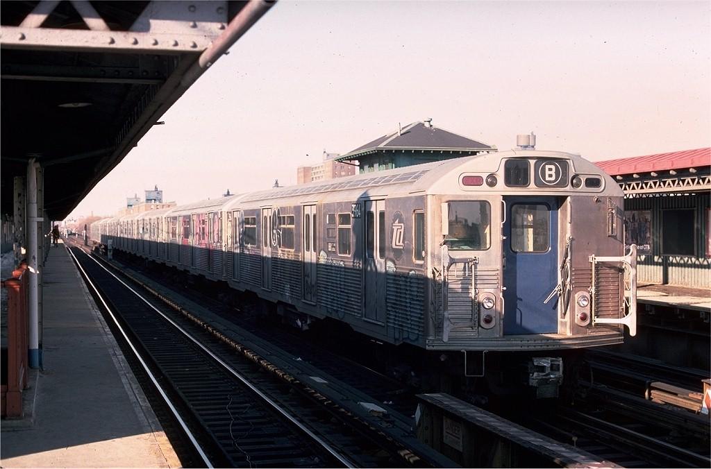 (178k, 1024x676)<br><b>Country:</b> United States<br><b>City:</b> New York<br><b>System:</b> New York City Transit<br><b>Line:</b> BMT West End Line<br><b>Location:</b> Bay 50th Street <br><b>Route:</b> B<br><b>Car:</b> R-38 (St. Louis, 1966-1967)  3964 <br><b>Photo by:</b> Joe Testagrose<br><b>Date:</b> 2/12/1978<br><b>Viewed (this week/total):</b> 0 / 6188