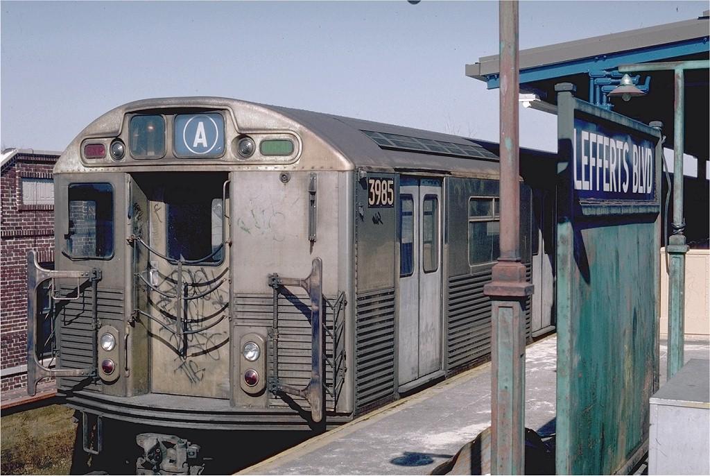 (219k, 1024x686)<br><b>Country:</b> United States<br><b>City:</b> New York<br><b>System:</b> New York City Transit<br><b>Line:</b> IND Fulton Street Line<br><b>Location:</b> Lefferts Boulevard <br><b>Route:</b> A<br><b>Car:</b> R-38 (St. Louis, 1966-1967)  3985 <br><b>Photo by:</b> Steve Zabel<br><b>Collection of:</b> Joe Testagrose<br><b>Date:</b> 4/10/1982<br><b>Viewed (this week/total):</b> 2 / 5822
