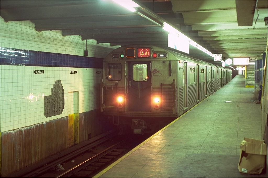 (191k, 1024x681)<br><b>Country:</b> United States<br><b>City:</b> New York<br><b>System:</b> New York City Transit<br><b>Line:</b> IND 8th Avenue Line<br><b>Location:</b> Canal Street-Holland Tunnel <br><b>Route:</b> AA<br><b>Car:</b> R-38 (St. Louis, 1966-1967)  4004 <br><b>Photo by:</b> Doug Grotjahn<br><b>Collection of:</b> Joe Testagrose<br><b>Date:</b> 10/18/1980<br><b>Viewed (this week/total):</b> 21 / 6803