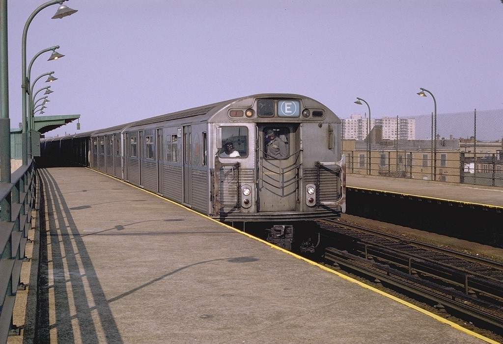 (235k, 1024x701)<br><b>Country:</b> United States<br><b>City:</b> New York<br><b>System:</b> New York City Transit<br><b>Line:</b> IND Rockaway<br><b>Location:</b> Beach 98th Street/Playland <br><b>Route:</b> E<br><b>Car:</b> R-38 (St. Louis, 1966-1967)  4005 <br><b>Photo by:</b> Joe Testagrose<br><b>Date:</b> 11/27/1970<br><b>Viewed (this week/total):</b> 1 / 5493