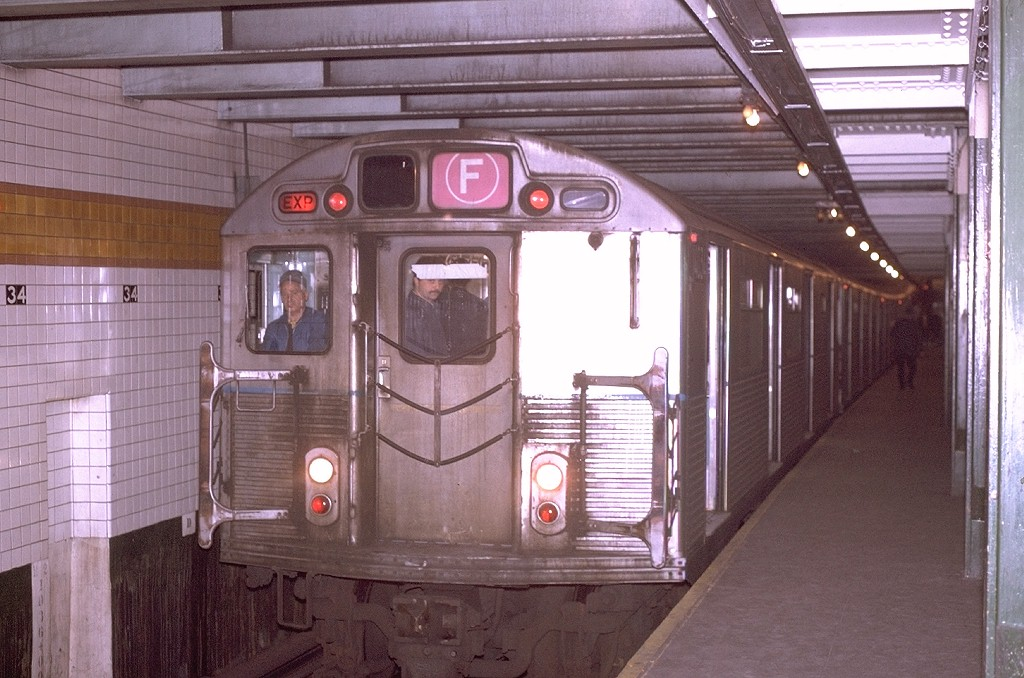 (199k, 1024x678)<br><b>Country:</b> United States<br><b>City:</b> New York<br><b>System:</b> New York City Transit<br><b>Line:</b> IND 6th Avenue Line<br><b>Location:</b> 34th Street/Herald Square <br><b>Route:</b> F<br><b>Car:</b> R-38 (St. Louis, 1966-1967)  4034 <br><b>Photo by:</b> Joe Testagrose<br><b>Date:</b> 11/14/1970<br><b>Viewed (this week/total):</b> 0 / 4525